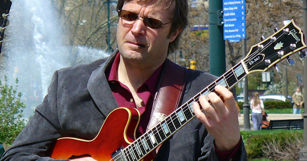 guitar-players-take-lessons-in-pa